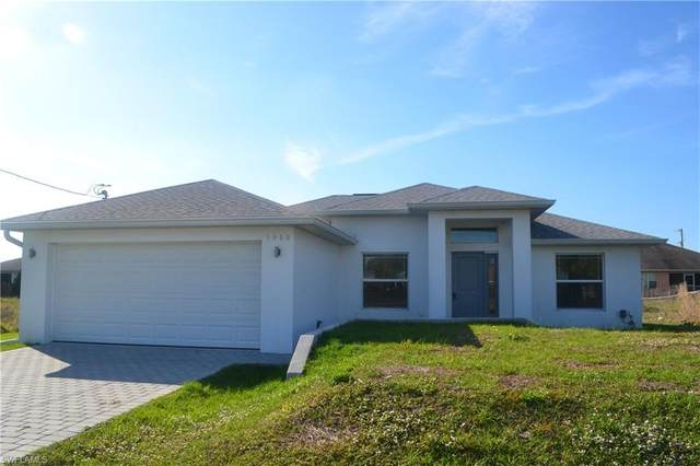 3915 8th St SW, Lehigh Acres, FL 33976 (MLS #219066553) :: RE/MAX Realty Team