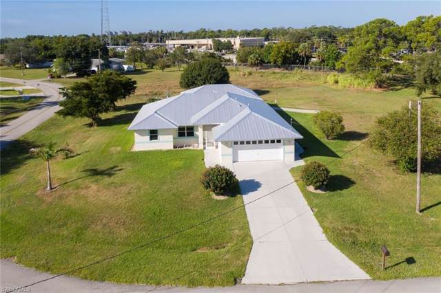 159 E Mariana Ave, North Fort Myers, FL 33917 (MLS #219067125) :: The Naples Beach And Homes Team/MVP Realty
