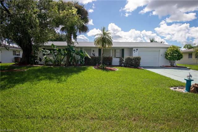 806 Willow Dr, Lehigh Acres, FL 33936 (#219067630) :: Jason Schiering, PA