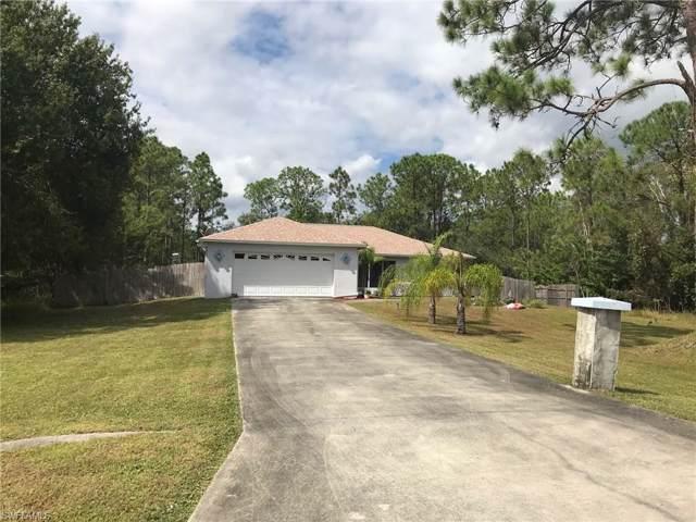 921 Wellington Ave, Lehigh Acres, FL 33972 (MLS #219067922) :: #1 Real Estate Services