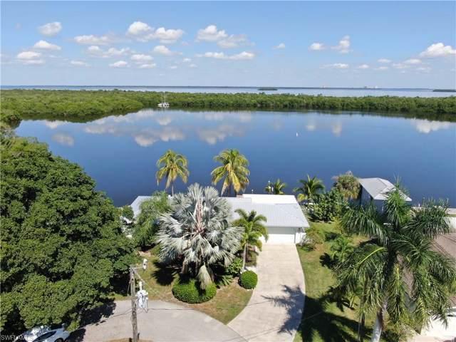 2814 Tern Ct, St. James City, FL 33956 (#219068911) :: The Dellatorè Real Estate Group