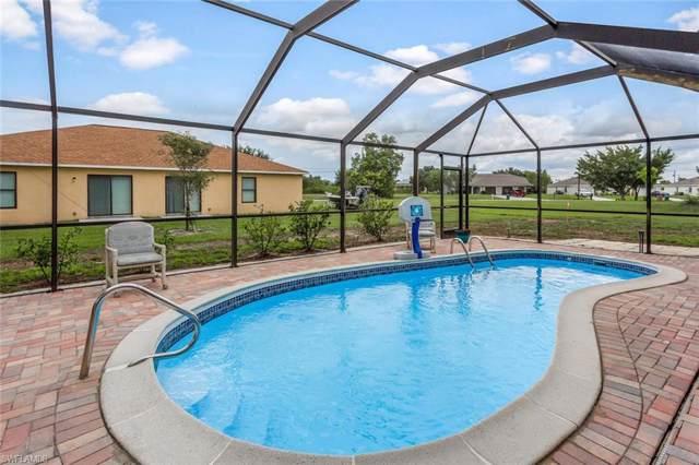 501 SE 5th St, Cape Coral, FL 33990 (#219069390) :: The Dellatorè Real Estate Group