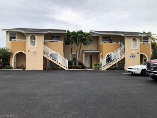 4625 SW 9th Pl, Cape Coral, FL 33914 (#219069456) :: The Dellatorè Real Estate Group