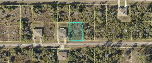 859/861 Motel St E, Lehigh Acres, FL 33974 (MLS #219070207) :: Clausen Properties, Inc.