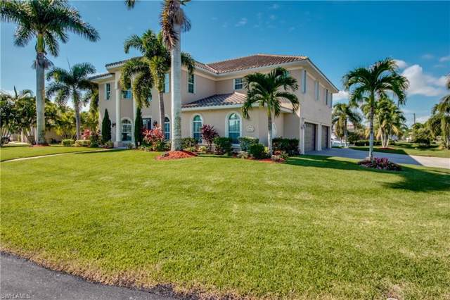 2718 SE 24th Ct, Cape Coral, FL 33904 (MLS #219070296) :: Clausen Properties, Inc.