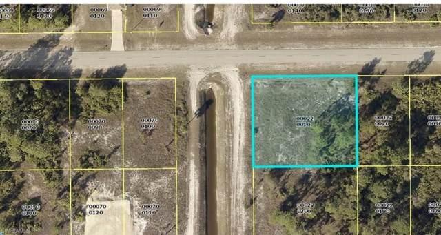 3613 40th St SW, Lehigh Acres, FL 33976 (#219072439) :: The Dellatorè Real Estate Group