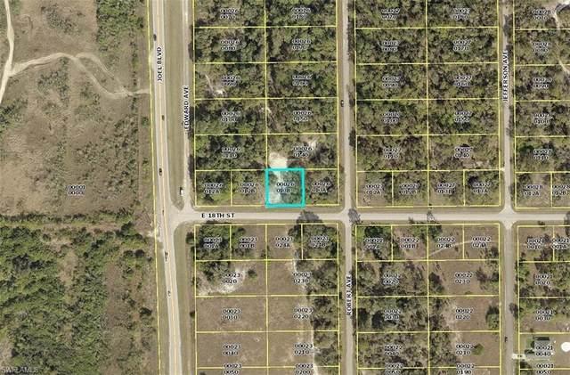 2405 E 18th St, Lehigh Acres, FL 33972 (MLS #219074048) :: The Naples Beach And Homes Team/MVP Realty