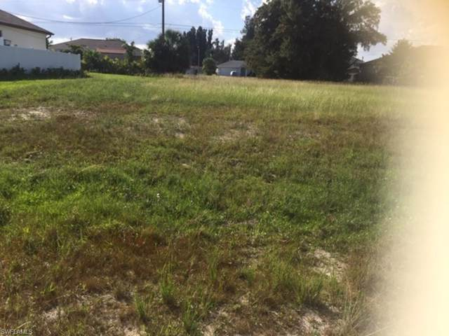 1818 NE 6th Pl, Cape Coral, FL 33909 (MLS #219074739) :: RE/MAX Radiance