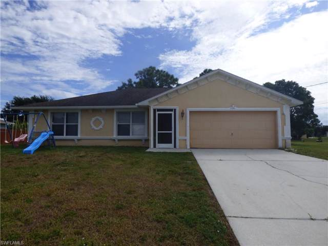 1002 Susan Ave N, Lehigh Acres, FL 33971 (MLS #219075230) :: Kris Asquith's Diamond Coastal Group