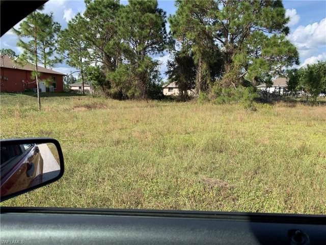 3606 38th St SW, Lehigh Acres, FL 33976 (#219075291) :: The Dellatorè Real Estate Group