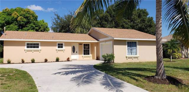 2123 SE 12th St, Cape Coral, FL 33990 (#219075533) :: The Dellatorè Real Estate Group