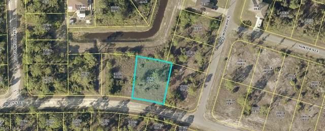 927 Macy St E, Lehigh Acres, FL 33974 (MLS #219075725) :: Clausen Properties, Inc.