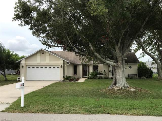 612 SW 8th Ct, Cape Coral, FL 33991 (#219076009) :: Caine Premier Properties