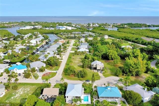 7799 Breakwater Ct, Bokeelia, FL 33922 (MLS #219076369) :: Clausen Properties, Inc.