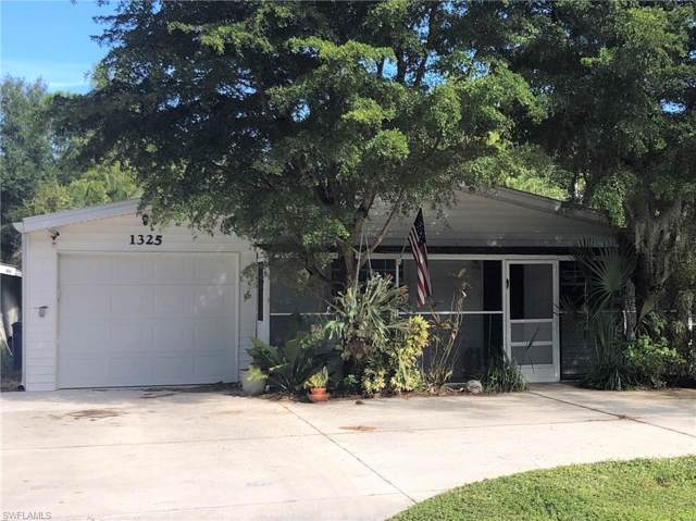 1325 Johnson Rd, North Fort Myers, FL 33917 (MLS #219076578) :: RE/MAX Realty Team