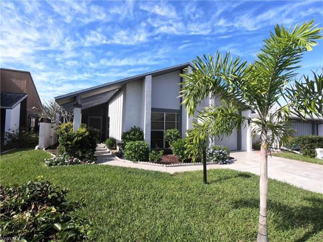 9753 Maplecrest Cir, Lehigh Acres, FL 33936 (#219076669) :: The Dellatorè Real Estate Group