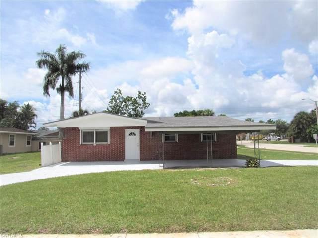 1452 Xavier Ave, Fort Myers, FL 33919 (#219076679) :: The Dellatorè Real Estate Group