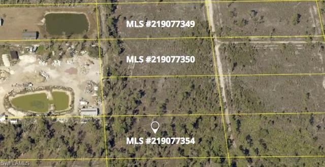 Vista Ridge Dr, Fort Myers, FL 33913 (#219077354) :: The Dellatorè Real Estate Group