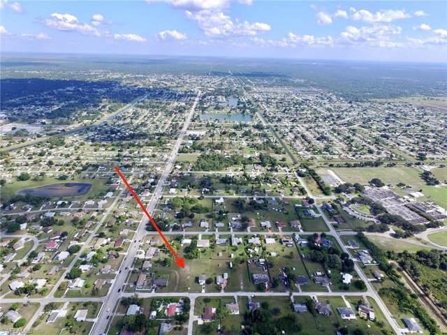 26 Illinois Rd, Lehigh Acres, FL 33936 (MLS #219077575) :: Palm Paradise Real Estate