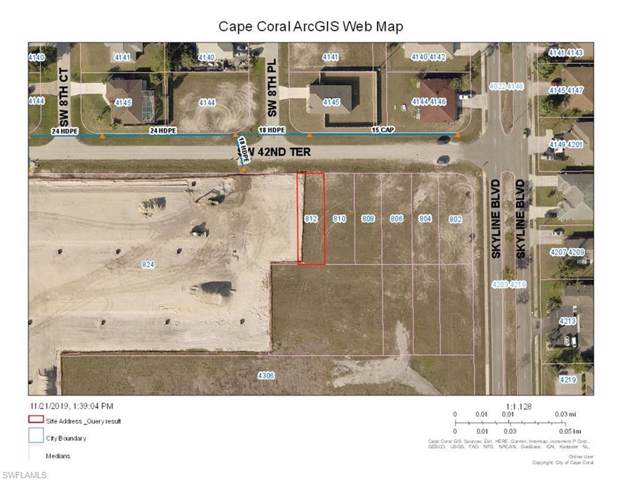 812 SW 42nd Ter, Cape Coral, FL 33914 (MLS #219077602) :: Clausen Properties, Inc.