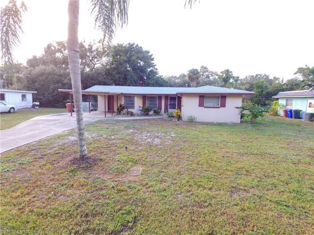 164 Palm Tree Ln, Fort Myers, FL 33905 (MLS #219078392) :: Clausen Properties, Inc.