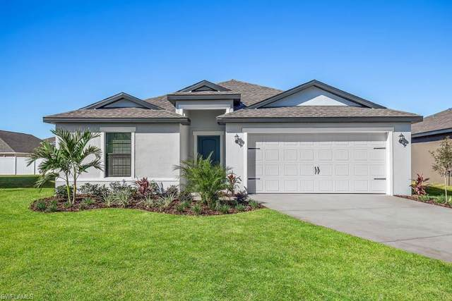 740 Arundel Ave, Fort Myers, FL 33913 (MLS #219079018) :: The Naples Beach And Homes Team/MVP Realty