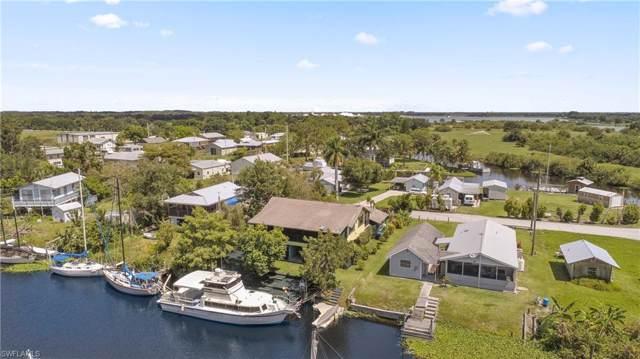 1120 Schooner Ln, Moore Haven, FL 33471 (MLS #219079446) :: Clausen Properties, Inc.