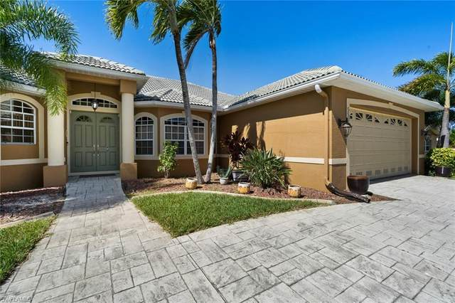 5508 Coronado Pky, Cape Coral, FL 33904 (#219079893) :: The Dellatorè Real Estate Group