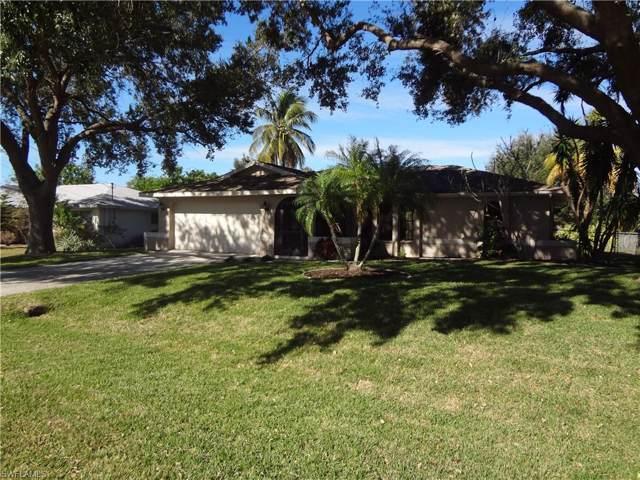 707 SE 33rd St, Cape Coral, FL 33904 (MLS #219080527) :: Clausen Properties, Inc.