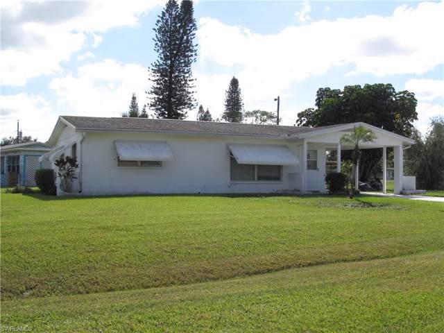 102 Calvin Ave, Lehigh Acres, FL 33936 (#219080782) :: The Dellatorè Real Estate Group