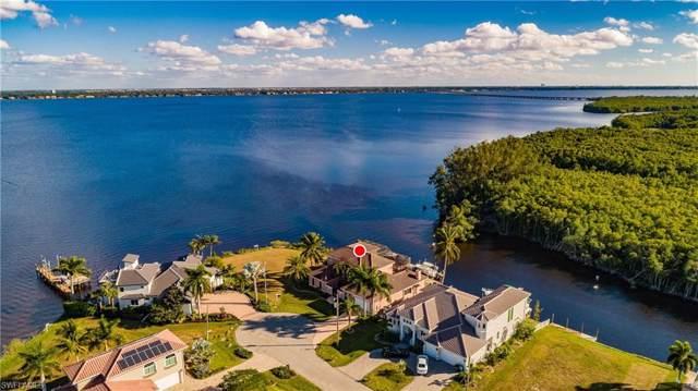 2374 Coral Point Dr, Cape Coral, FL 33990 (MLS #219080846) :: Clausen Properties, Inc.