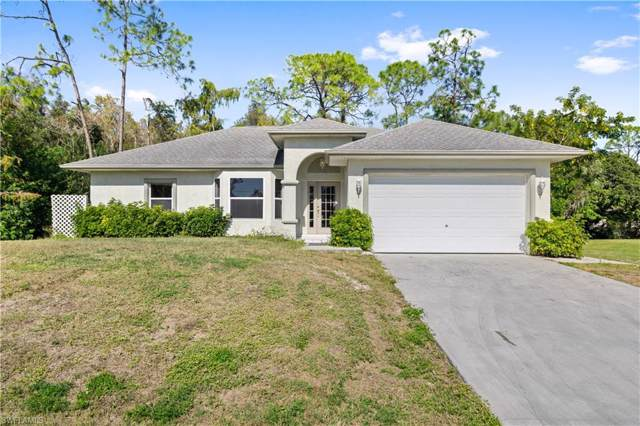 6525 Garland St, Fort Myers, FL 33966 (#219080874) :: The Dellatorè Real Estate Group