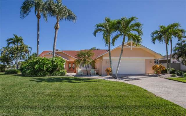 5205 SW 25th Pl, Cape Coral, FL 33914 (#219080955) :: The Dellatorè Real Estate Group