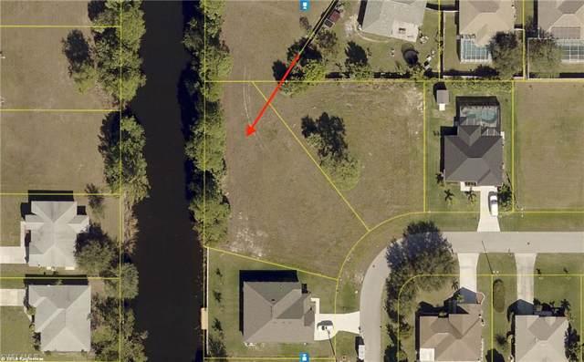 1800 SW 23rd Ct, Cape Coral, FL 33991 (#219081055) :: Caine Premier Properties