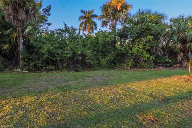 1155 Harbor Dr, North Fort Myers, FL 33917 (MLS #219081926) :: Clausen Properties, Inc.