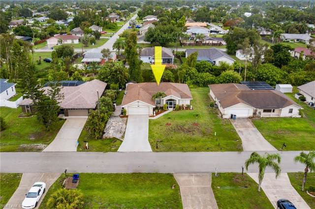 8328 Buena Vista Rd, Fort Myers, FL 33967 (MLS #219082242) :: Palm Paradise Real Estate
