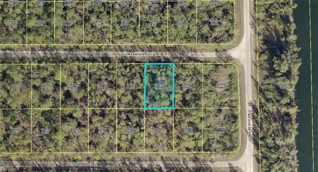 305 Stonybrook Ave, Lehigh Acres, FL 33972 (MLS #219083103) :: Clausen Properties, Inc.