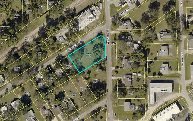 410 New York Dr, Fort Myers, FL 33905 (MLS #220000184) :: RE/MAX Realty Team
