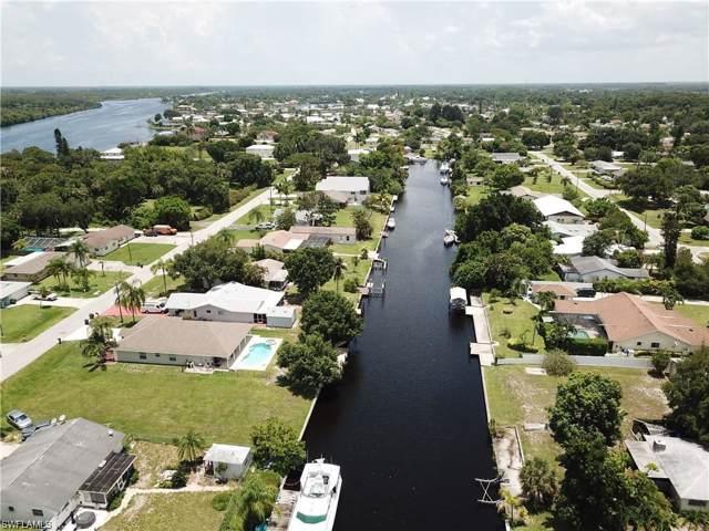 12401 River Rd, Fort Myers, FL 33905 (#220001588) :: The Dellatorè Real Estate Group