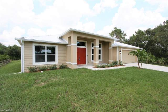 2401 Leavitt Rd, Alva, FL 33920 (#220002420) :: The Dellatorè Real Estate Group