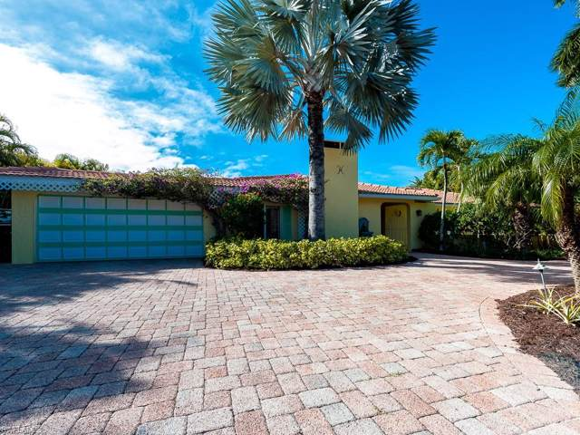 9421 Moonlight Drive, Sanibel, FL 33957 (#220002828) :: The Dellatorè Real Estate Group