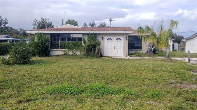 239 Chalmer Dr, North Fort Myers, FL 33917 (#220003262) :: The Dellatorè Real Estate Group