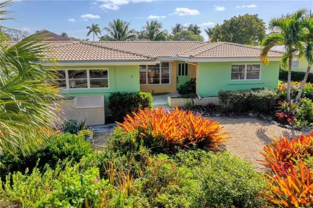 5 Glenview Manor Dr, Fort Myers Beach, FL 33931 (MLS #220003934) :: Team Swanbeck
