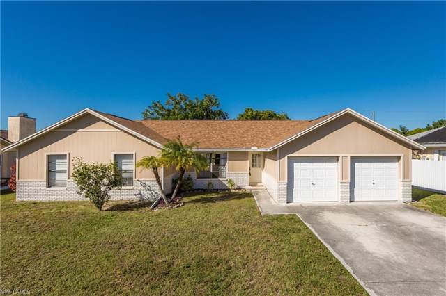 2316 Country Club Blvd, Cape Coral, FL 33990 (MLS #220003976) :: Clausen Properties, Inc.
