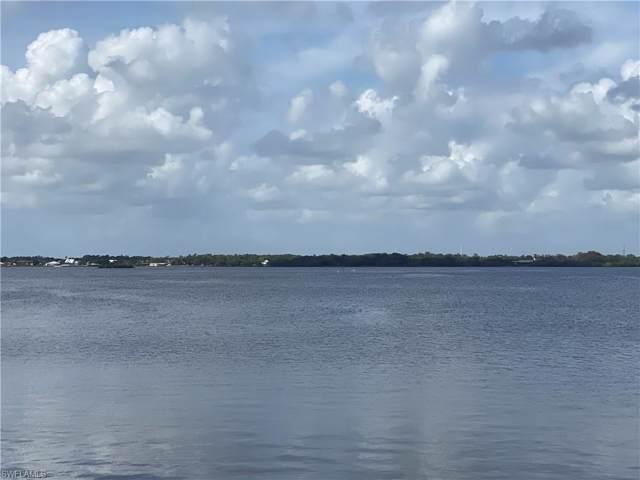 8 Live Oak Lane, Fort Myers, FL 33905 (#220004529) :: The Dellatorè Real Estate Group
