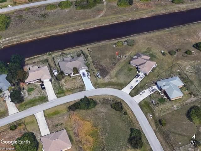 538 Pachman Cir, Lehigh Acres, FL 33974 (#220004906) :: The Dellatorè Real Estate Group