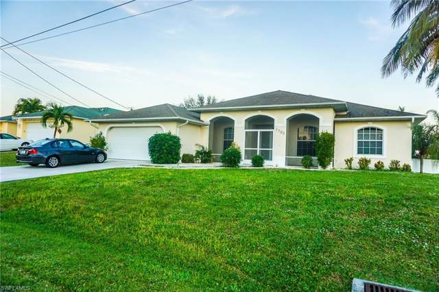 1725 SW 10th Ave, Cape Coral, FL 33991 (MLS #220004908) :: Eric Grainger | NextHome Advisors