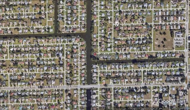 806 SE 21st Ave, Cape Coral, FL 33990 (#220005387) :: The Dellatorè Real Estate Group