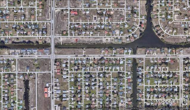 704 SW 31st Ter, Cape Coral, FL 33914 (#220005486) :: The Dellatorè Real Estate Group