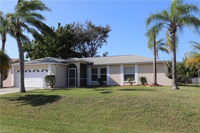706 SW 10th Pl, Cape Coral, FL 33991 (MLS #220005540) :: RE/MAX Realty Team